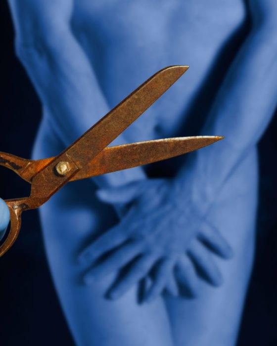 Sex Mythbreakers: Snip, Snip!