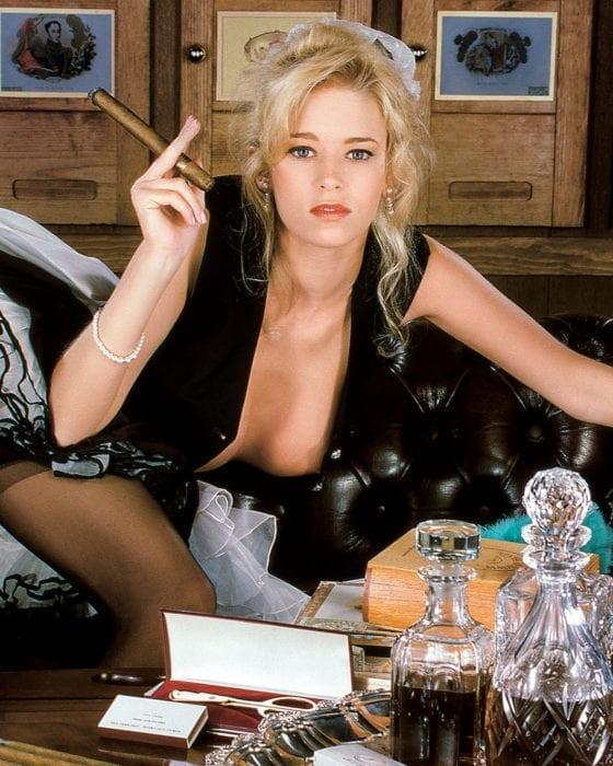 HUSTLER Classic: Jenna Jameson's Smoking-Hot Spread