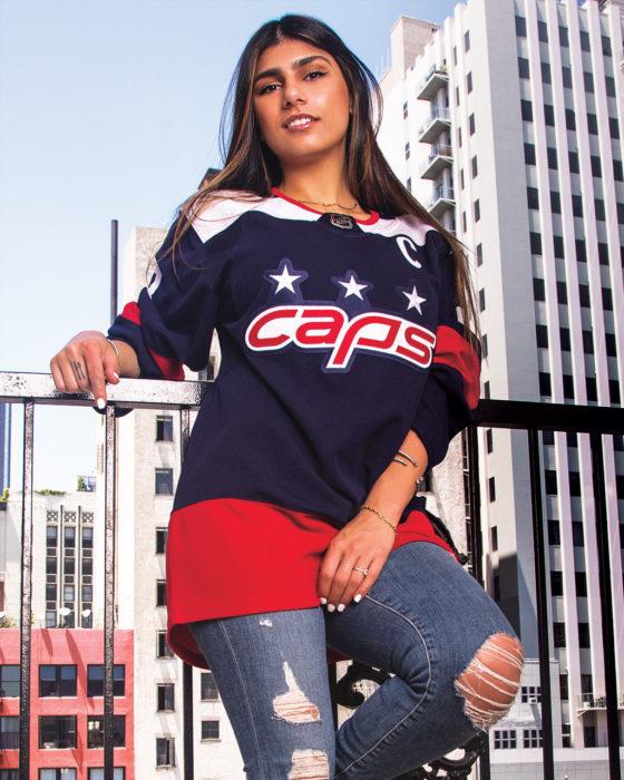 Mia Khalifa: The Picks & Pans of a Serious Sports Fan