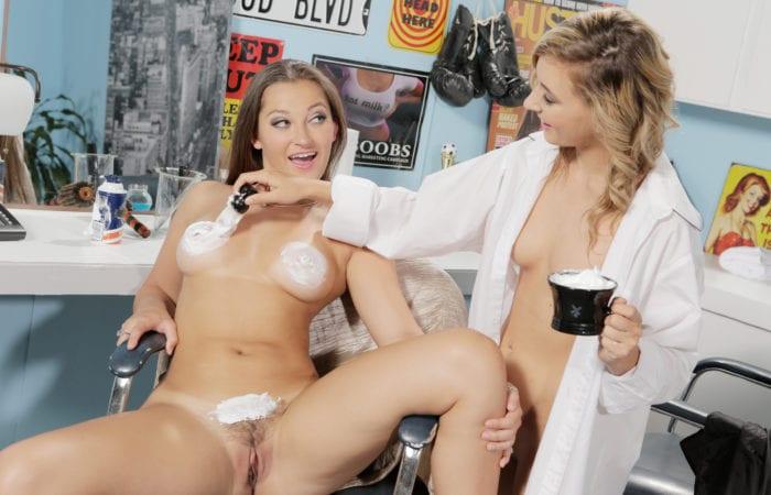Lesbian Bubble Bath Bang