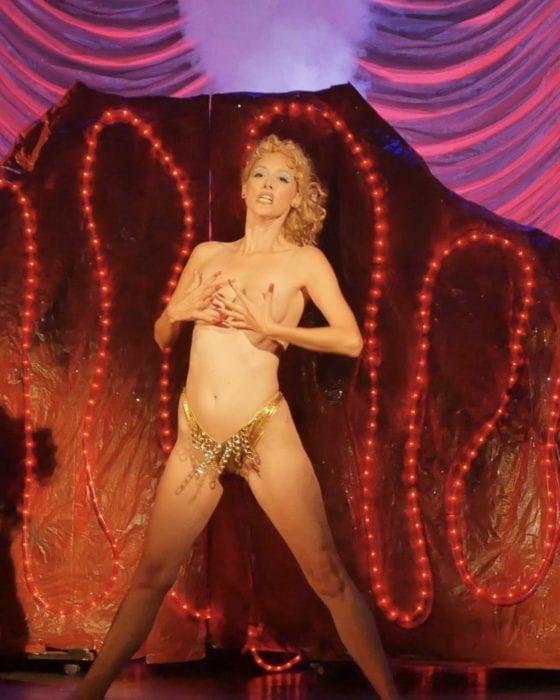 'Showgirls' Laid Bare