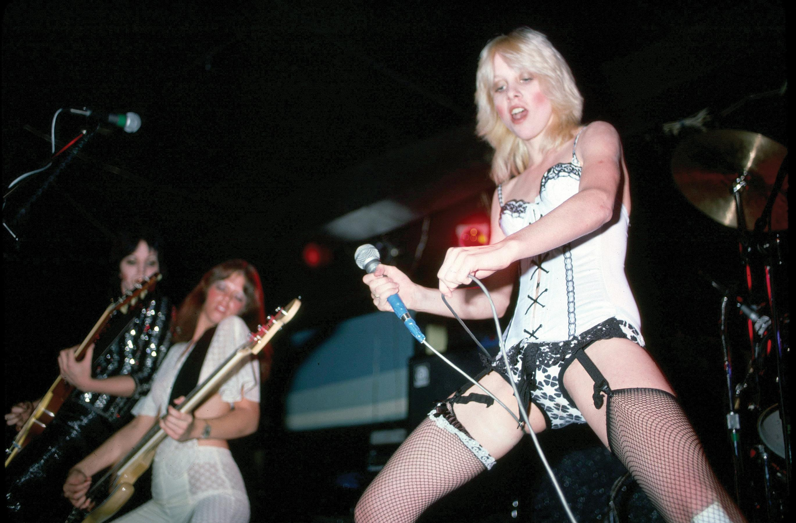 Showing porn images for cherie currie xxx porn