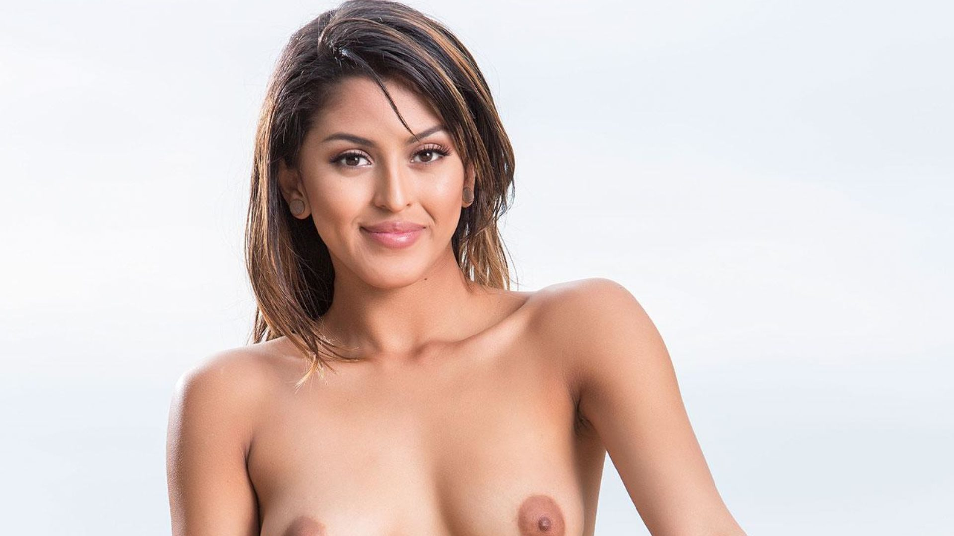 HUSTLER Honey Sophia Leone