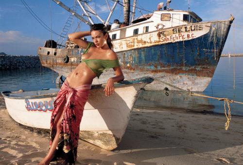 HUSTLER Boat Babes