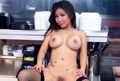 Club Girl: Sonya Jade